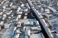 Veduta aerea di mezzana Bigli con la neve