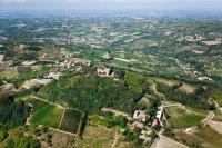 Veduta aerea del Castello di Montecalvo Versiggia