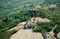 Veduta aerea di Montecalvo Versiggia