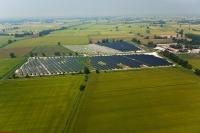 Veduta aerea dei pannelli solari di Ottobiano