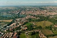 Veduta aerea di Pavia rione Borgo Ticino