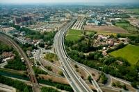 Veduta aerea della tangenziale di Pavia svincolo Nord Ovest