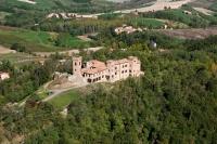 Veduta aerea del castello di Pozzol Groppo