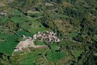 Veduta aerea di Casa Pilla nel comune di Romagnese