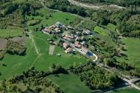 Veduta aerea della fraz. Casale nel comune di Romagnese