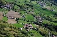Veduta aerea di Poggio Gabbione nel comune di Romagnese