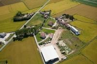 Veduta aerea di Cascina Moncucco nel Comune di Sartirana