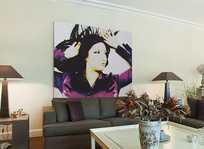 istallazione-ritratto-pop-art-in-casa
