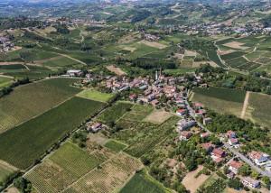 Fotografia aerea del Comune di Zenevredo in Provincia di Pavia