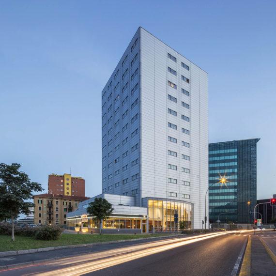 fotografo-architettura-hotel-facciata-esterna
