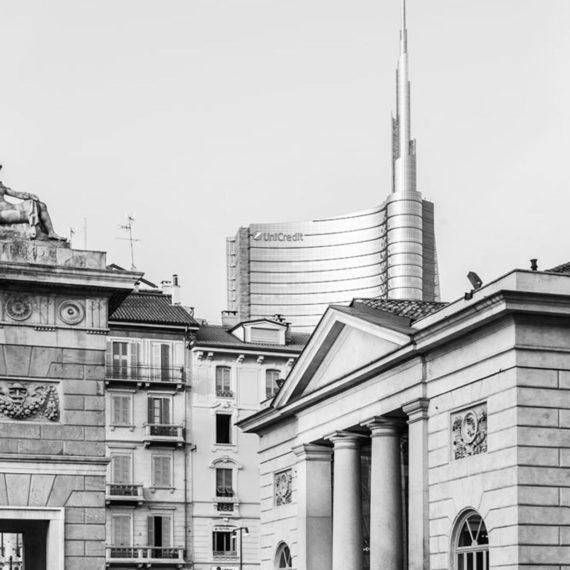 torre-unicredit-piazza-xxv-aprile