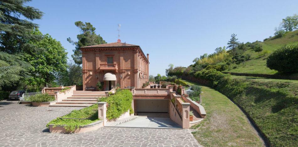 fotografo-immobiliare-di-interni-prestigiosa-villa-a-Sasso-Marconi-Bologna