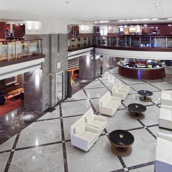 reception-spazi-comuni-hotel-Napoli