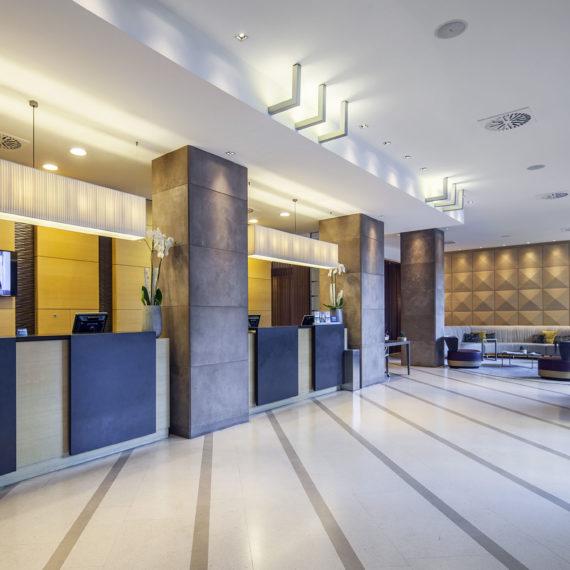 reception-hotel-milano