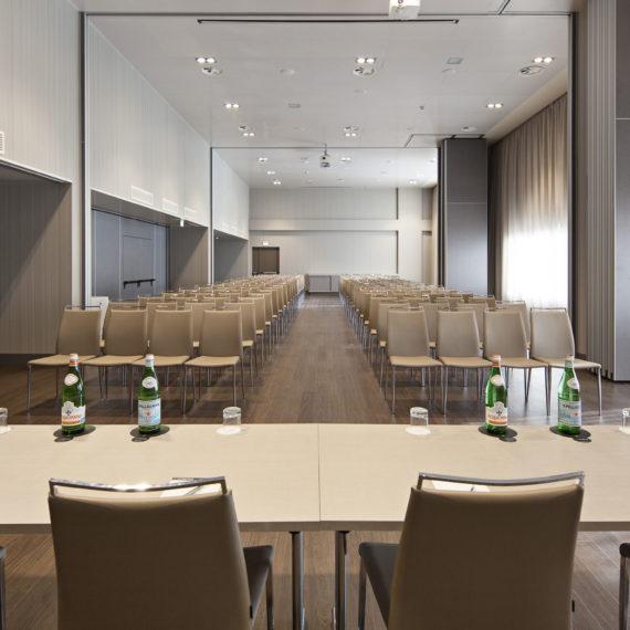 sala-meeting-hotel-Parma