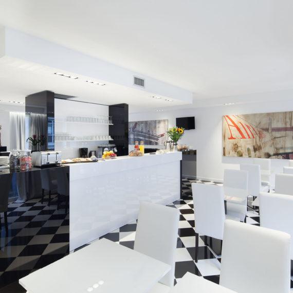 sala-colazione-hotel-studio-Inn-Milano
