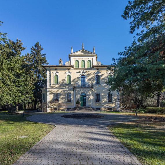 Immobile di pregio in vendita a Verona