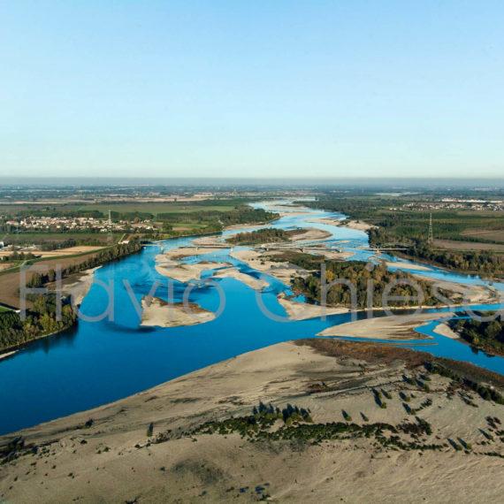 Fiume-Po-vicino-Mezzana-Bigli-provincia-di-Pavia