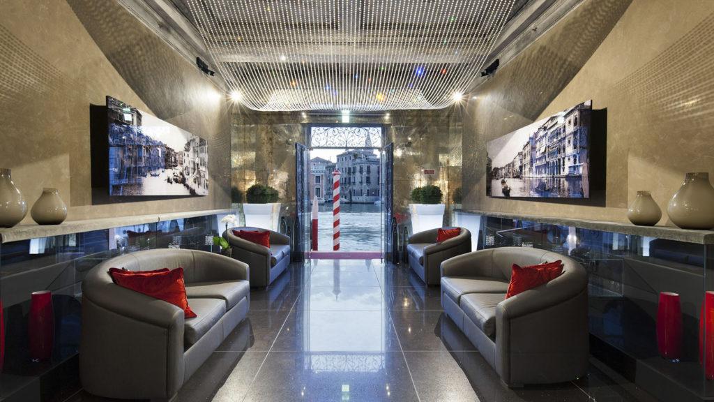 fotografo per hotel ingresso reception venezia
