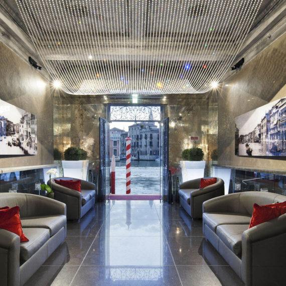 fotografo per hotel venezia ingresso canal grande