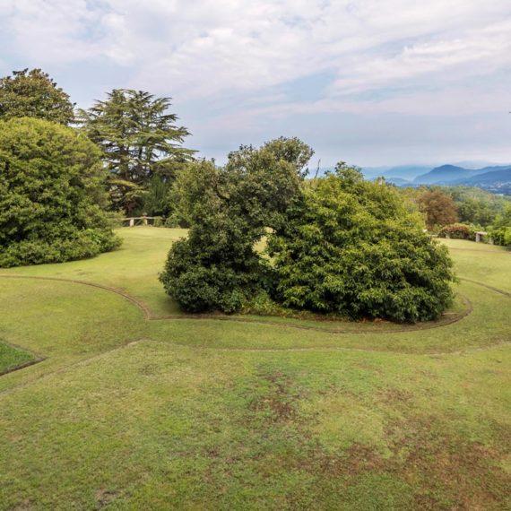 vedute esterne del castello di Azzate in provincia di Varese