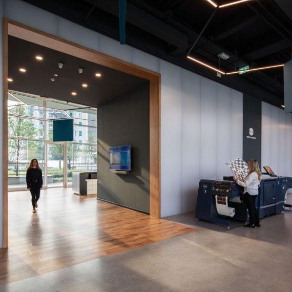 fotografie di interni uffici Konica Minolta