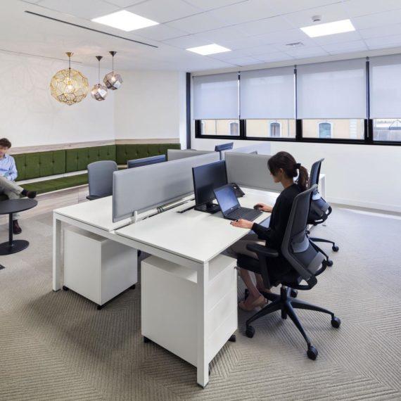 uffici nuovi progetta da Unispace e fotografati da Flavio Chiesa