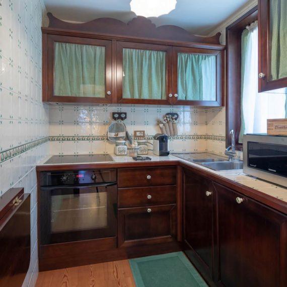 fotografo i interni cucina Madonna di Campiglio