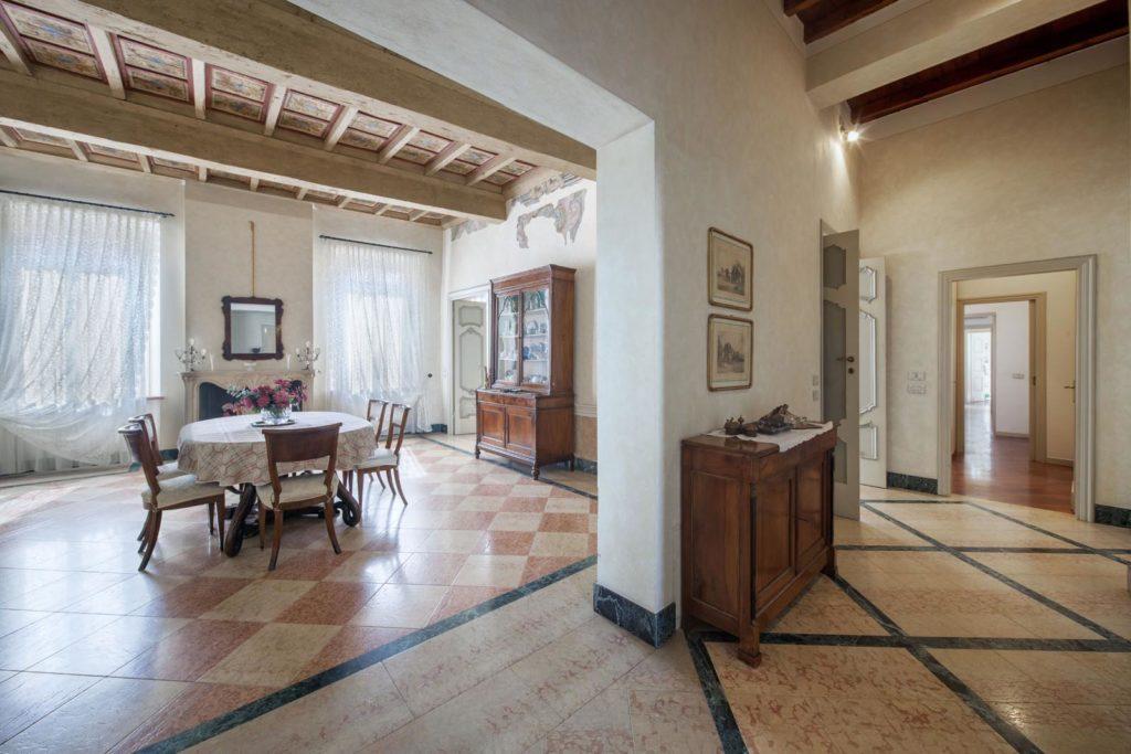 Fotografo immobili di pregio Mantova per Casaitalia International