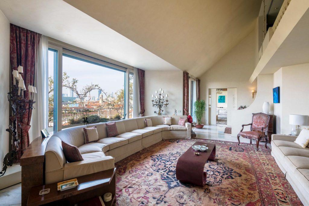 fotografo-immobiliare-milano-attico-con-vista