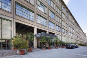 Fotografo per hotel Lingotto Torino facciata