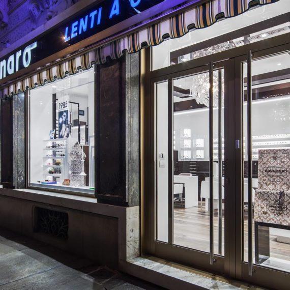 foto-di-interni-negozio-ottica-di-Torino-realizzate-dal-fotografo-di-interni-Flavio-Chiesa