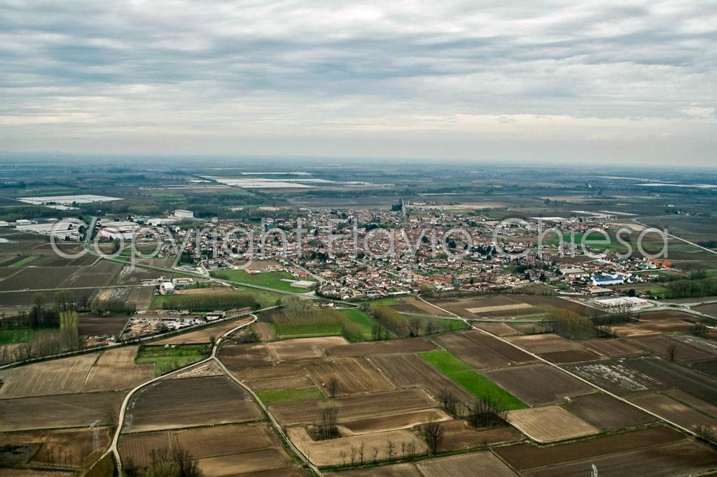 Riprese-aeree-di-Dorno-in-provincia-di-Pavia