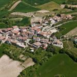 Riprese-aeree-Rocca-Susellafrazione-Chiusani-provincia-di-Pavia