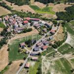 Riprese-aeree-Casa-Agosto-Valverde-Colli-Verdi-in-provincia-di-Pavia