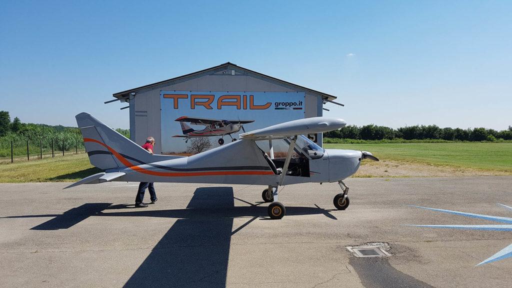 aereo-ultraleggero-groppo-modello-trial-usato-per-le-fotografie-aeree